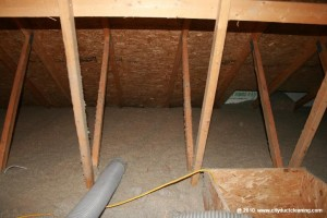 attic-insulation-removal-18x
