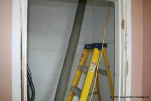 attic-insulation-removal-19x